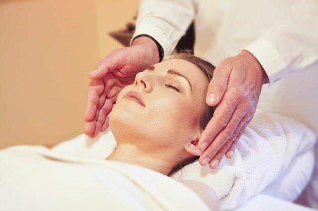 woman getting massage in Gladstone